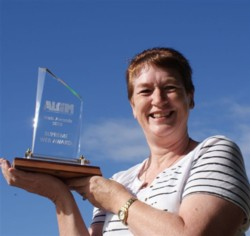 Dale with her 2010 ALGIM trophy.